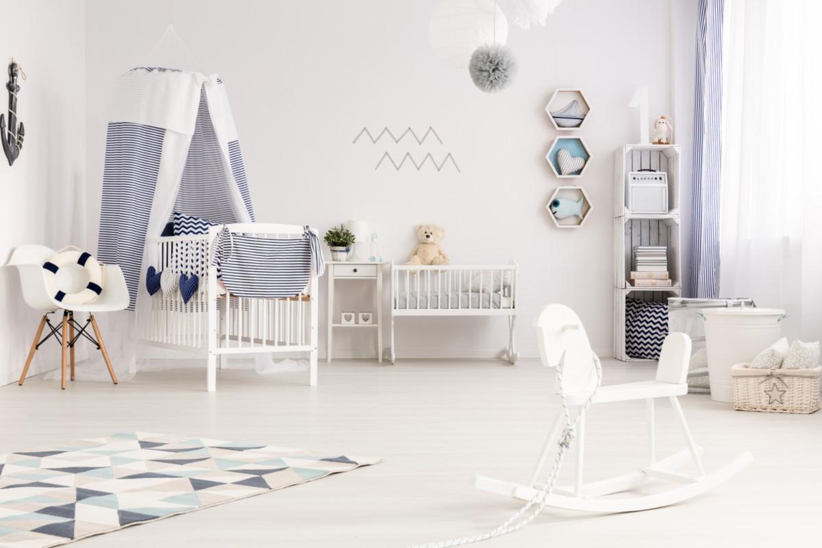 pokój dziecinny urządzony w stylu morskim